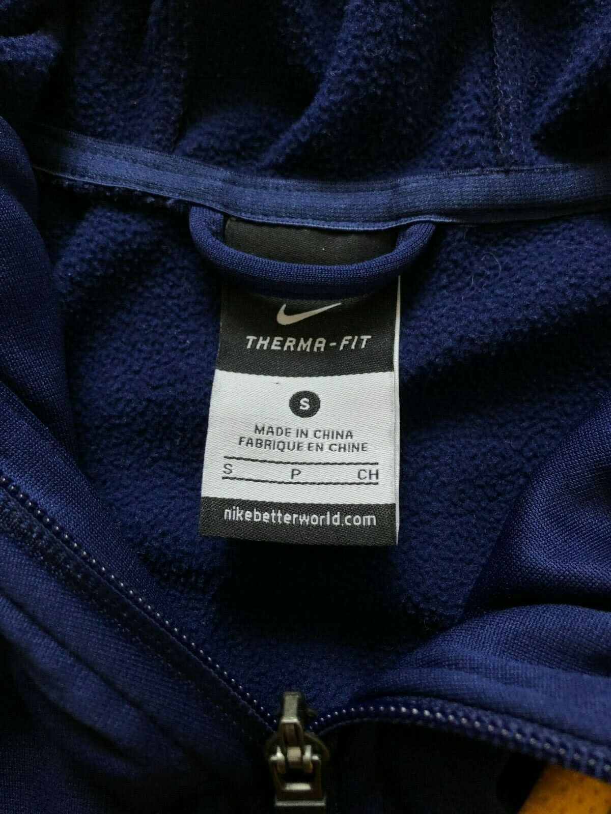Nike Barcelona Therma Fit Zip Hoody Size Small