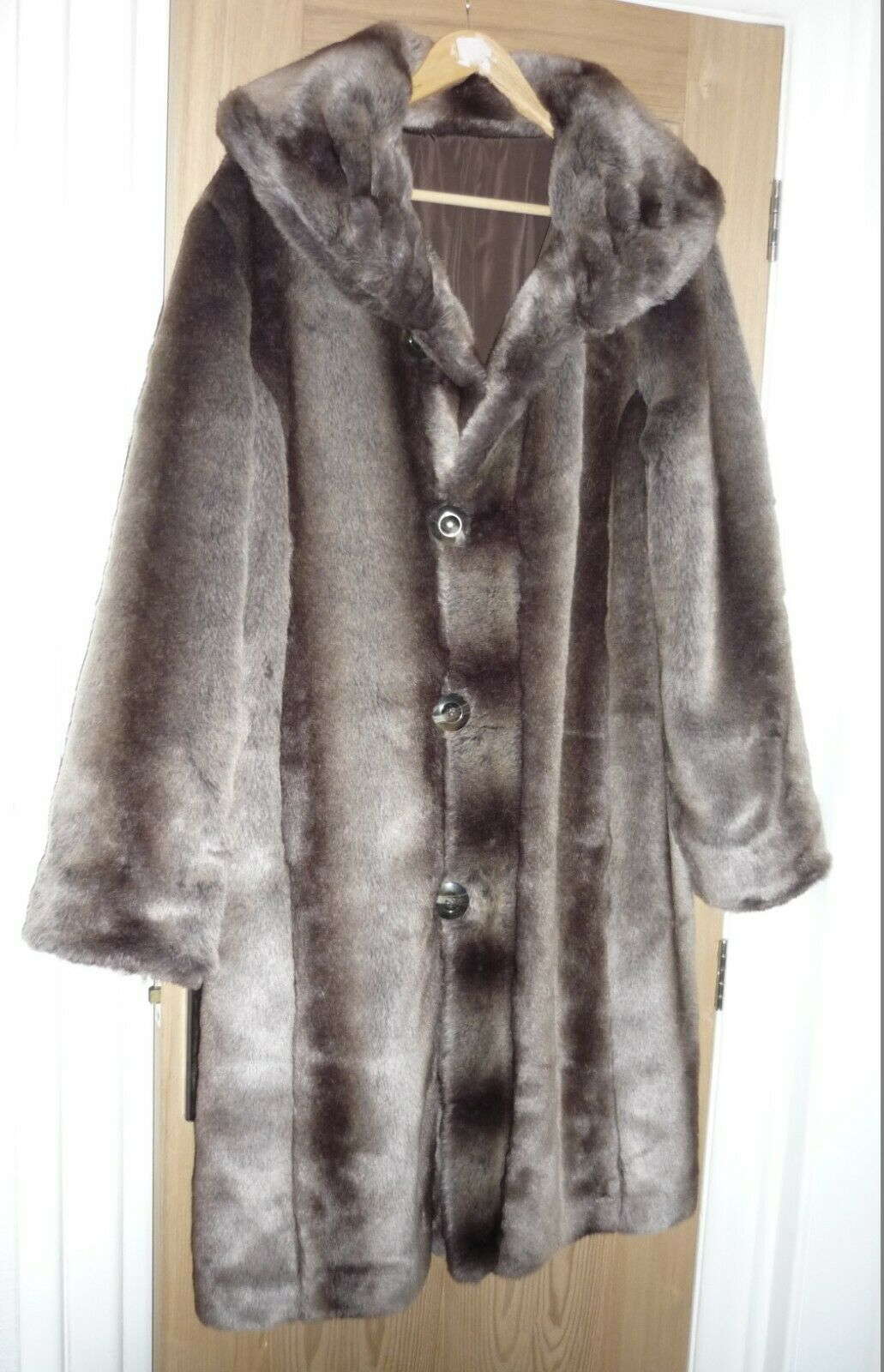 Faux fur Long coat Size 16 Large BRAND NEW no tags rrp £199 XMAS GIFTS FOR HER